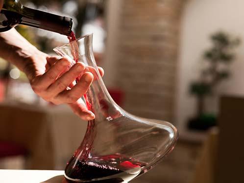 04-kako-servirati-vino-09